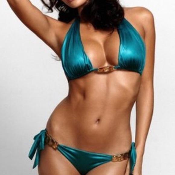 5f2f52e1333 Beach Bunny Swim | Kardashians Top | Poshmark